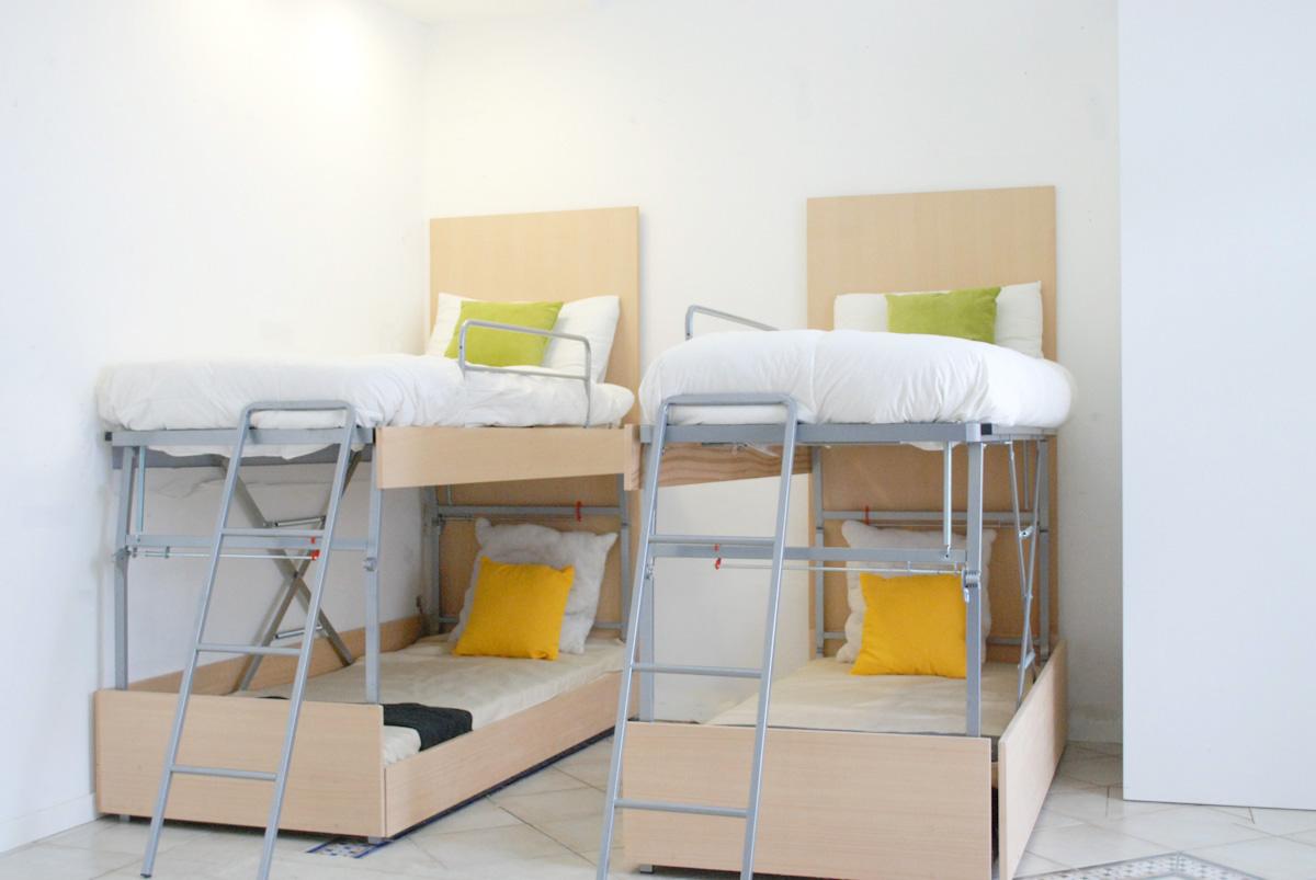 Arredi Salvaspazio E Trasformabili : Ottimizzare gli spazi il letto a scomparsa e gli altri arredi