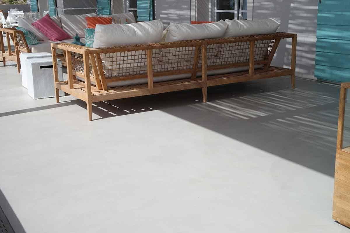 Pavimenti Per Terrazzi Esterni resine per pavimenti esterni: come applicarle sul terrazzo